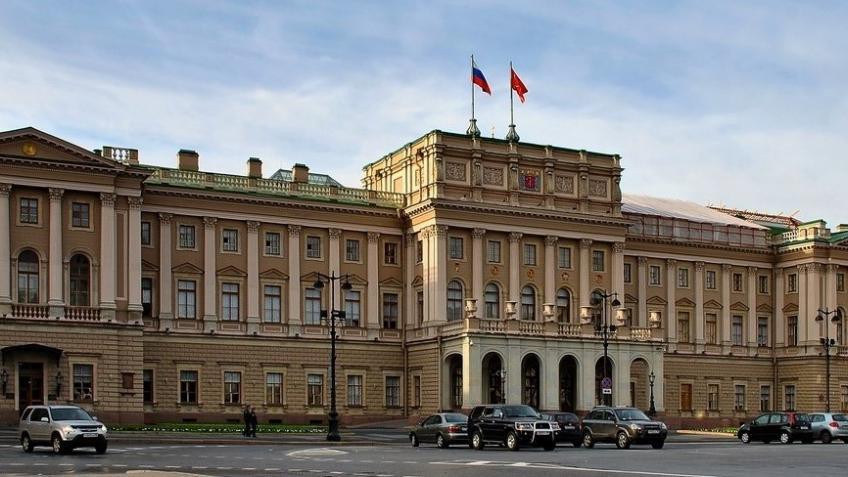 Прокуратура внесла представление Макарову из-за главы аппарата ЗакСа